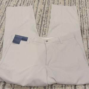 NWT Dockers Tour silky feel light taupe/beige